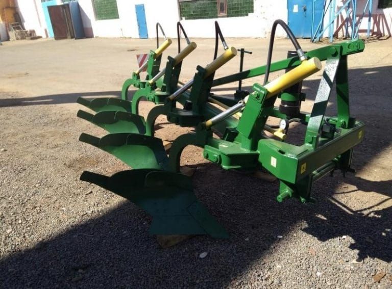 """Four-body plow mounted """"PGP 4-40-3"""""""