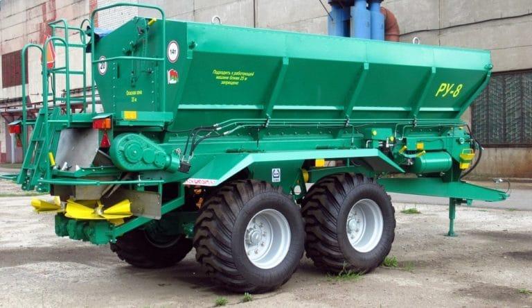 Distributor of RU-8 mineral fertilizers