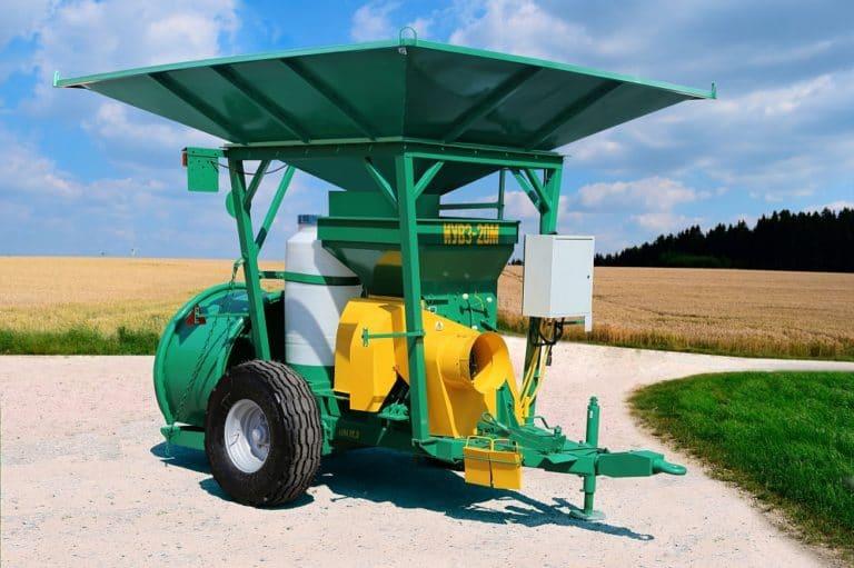 Shredder and packer of wet grain IUVZ-20M
