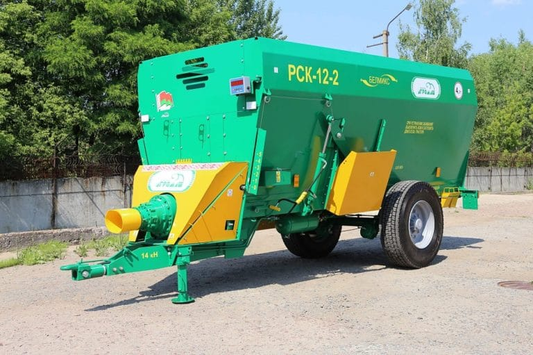 Feed dispenser RSK-12-1 with autonomous oil station