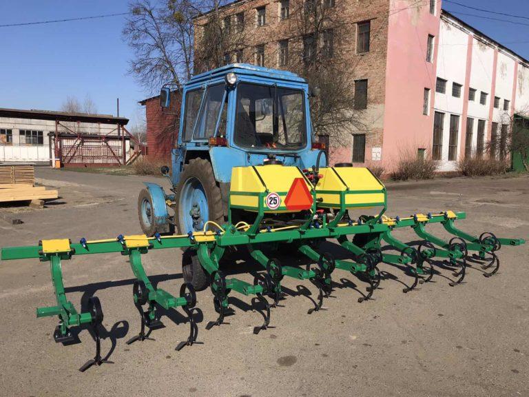 Cultivator-plant feeder KRN-5,6
