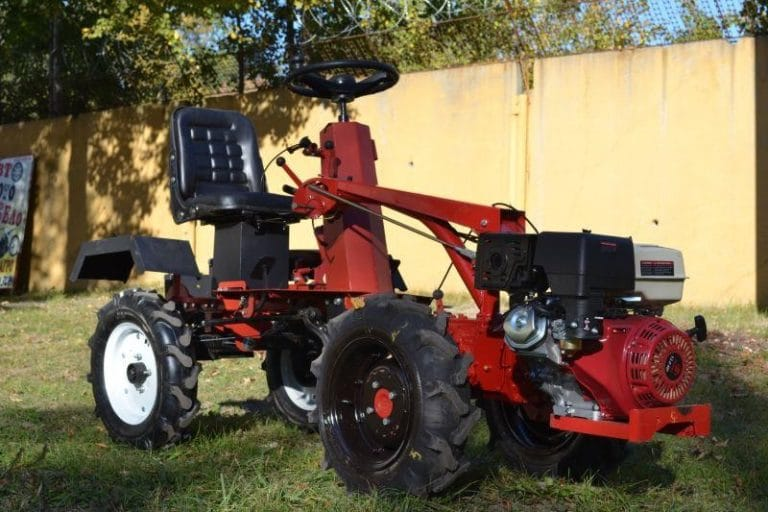 AM-5 walk-behind tractor adapter
