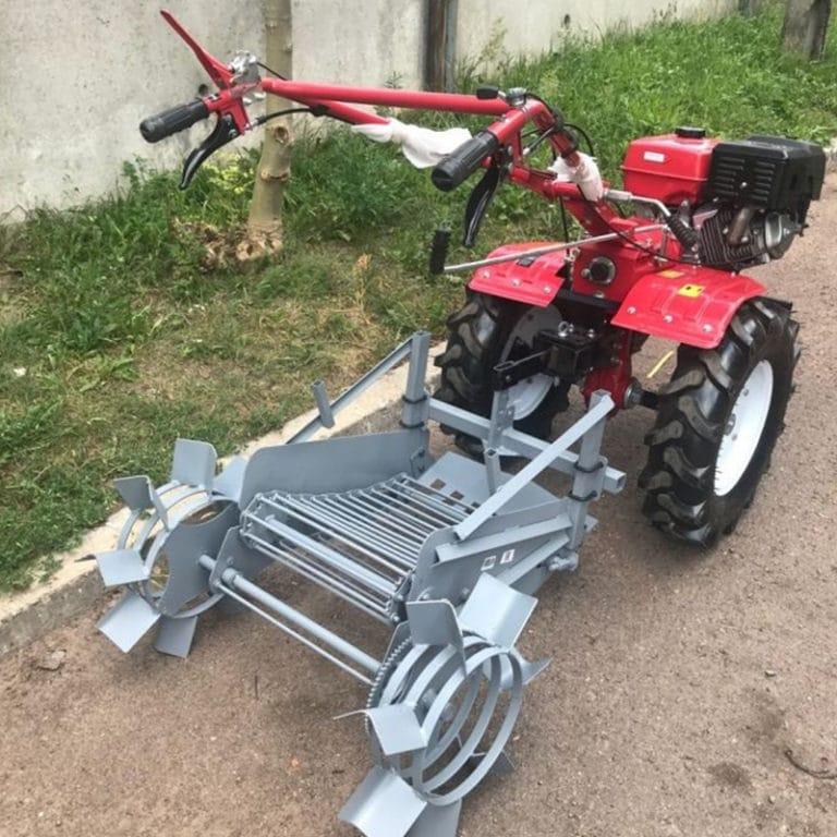 Mechanical potato digger KM-4
